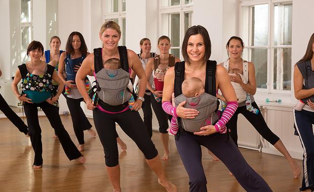 sporten en dansen met baby draagzak